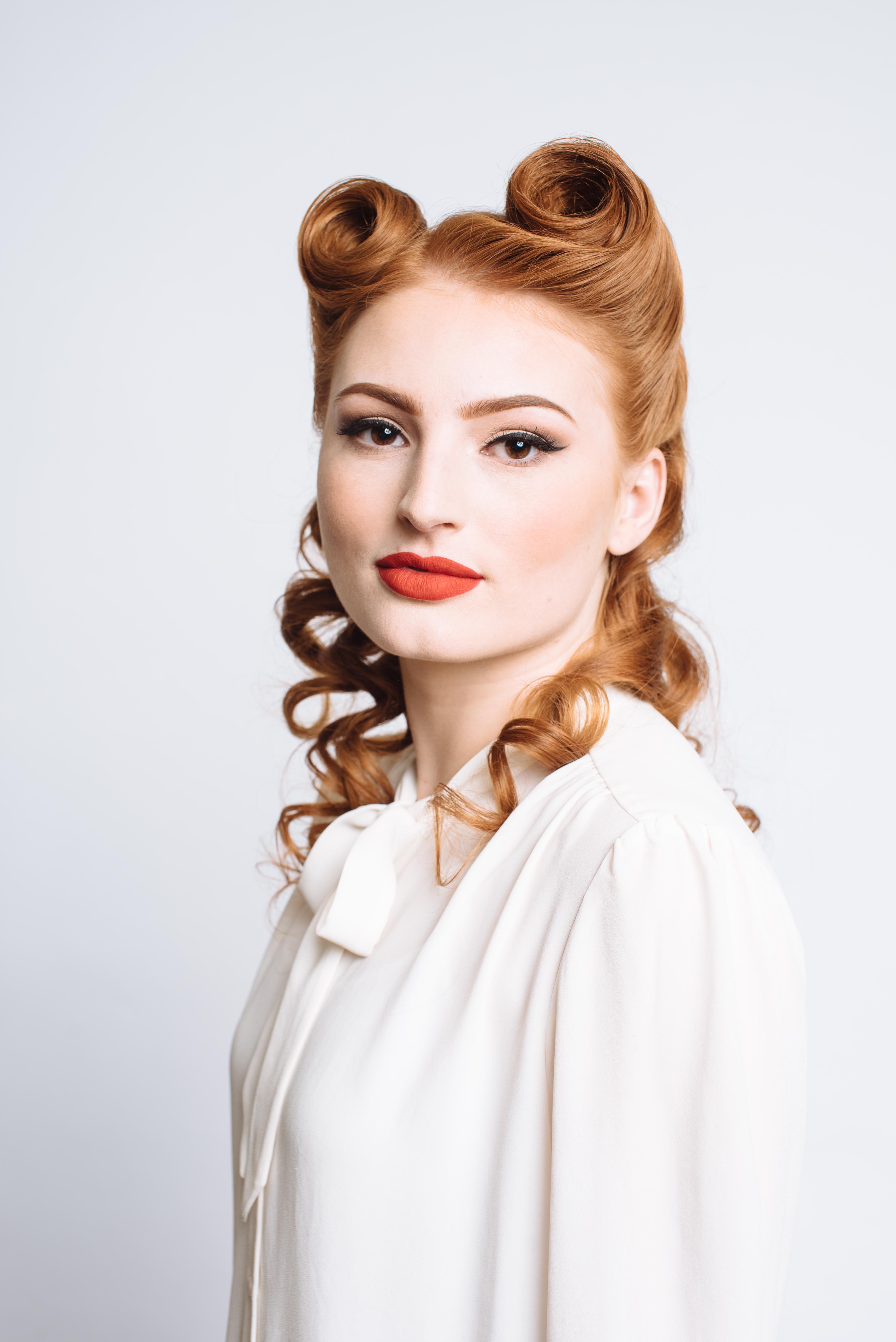 makeup, hair, photoshoot, vintage, victory rolls, red lip, lipstick, eyeliner, wing, winged eyeliner, 50s